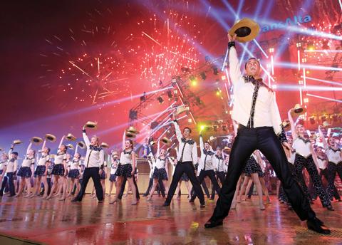 june-2014_performing-stampede_alberta-views-1
