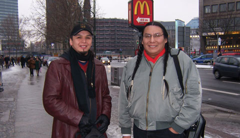 John Blackbird (l) with Murray Small Legs, a Blackfoot storyteller and dancer from Alberta, in Berlin, 2007.
