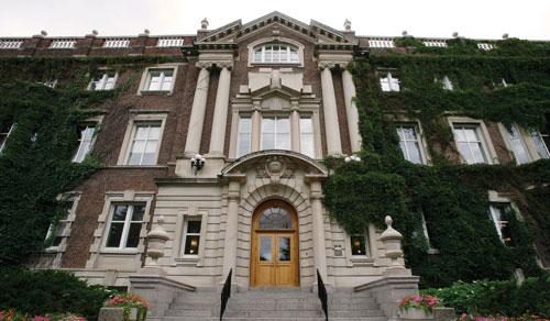 The university of Alberta's neo-classical Arts Building (1912).